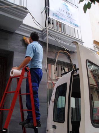 Limpieza de edificios después de reformas y obras en Sevilla