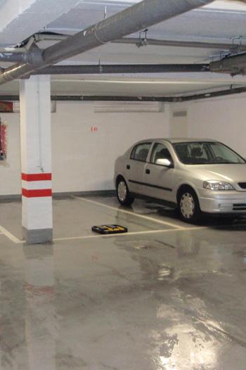 Limpieza y mantenimiento de cocheras y garajes en Sevilla