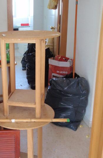 Limpieza, retiro de muebles, electrodomésticos y desechos en pisos de Sevilla